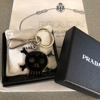064acbbcefe8 プラダ キーホルダー(メンズ)の通販 70点 | PRADAのメンズを買うならラクマ