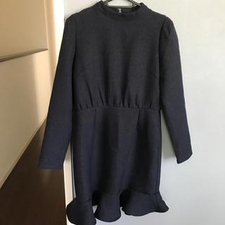 裾フリルワンピース(ひざ丈ワンピース)