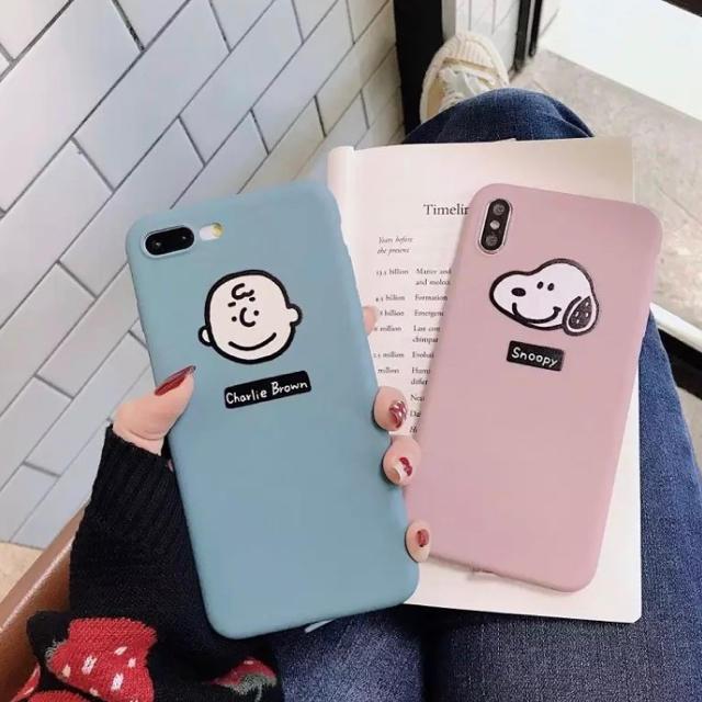 iphone8 ケース 韓国 amazon - SNOOPY - チャーリーブラウンとスヌーピーの可愛いiphoneケース 即発送❣️の通販 by ターキ屋   プロフ見てね|スヌーピーならラクマ