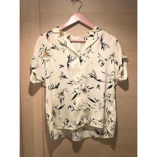 ジーユー(GU)のGU フラワープリントオープンカラーシャツ(シャツ/ブラウス(半袖/袖なし))