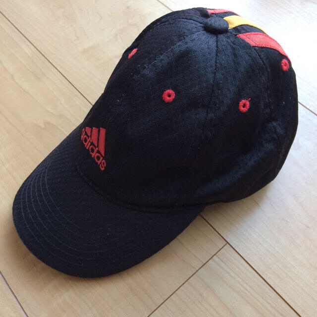 adidas(アディダス)のめい様 専用 キッズ adidas キャップ キッズ/ベビー/マタニティのこども用ファッション小物(帽子)の商品写真