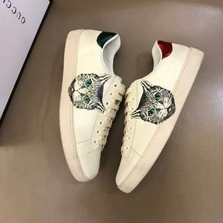 Gucci , GUCCIスニーカーの通販|ラクマ