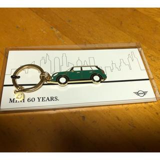 ビーエムダブリュー(BMW)のまんぼう様専用 MINI 60YEARS キーホルダー ノベルティー(キーホルダー)
