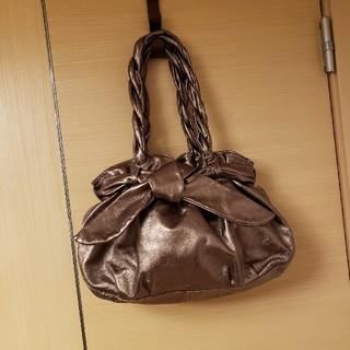4f089901af25 フルラ(Furla)の美品 FURLA りぼん巾着ハンドバッグ ショルダーバッグ(ショルダーバッグ
