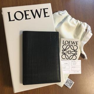 ロエベ(LOEWE)のロエベ  パスポートカバー(旅行用品)
