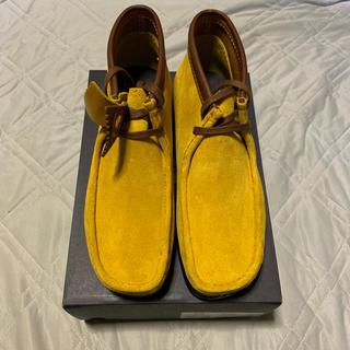 クラークス(Clarks)のCLARKS×Wu Wear Wallabee Yellow Suede UK8(ブーツ)