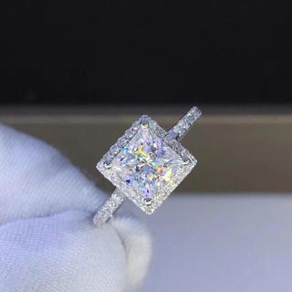 【1カラット  】高貴プリンセスカット モアサナイト ダイヤモンド リング(リング(指輪))