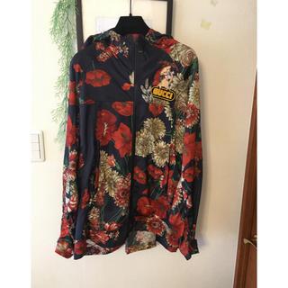 グッチ(Gucci)のGUCCI ミケーレ 花柄 パーカー 未使用 シャツ ジャケット ブルゾン(パーカー)
