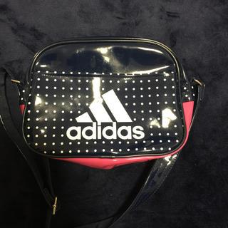 アディダス(adidas)のadidas エナメルバック Sサイズ(ショルダーバッグ)