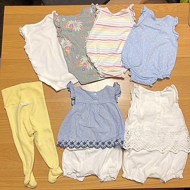 babyGAP(ベビーギャップ)のbaby GAP まとめ売り女の子 キッズ/ベビー/マタニティのベビー服(~85cm)(ロンパース)の商品写真