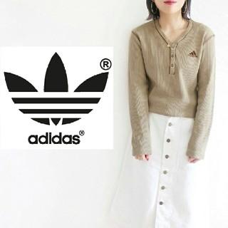 アディダス(adidas)のadidas ゆるふわ ワッフル ハーフボタン ロングTシャツ ロゴ刺繍 ロンT(Tシャツ(長袖/七分))