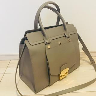 e74eec2405e8 フルラ(Furla)の美品 レア物 フルラ メトロポリス新作 大型2wayバッグ
