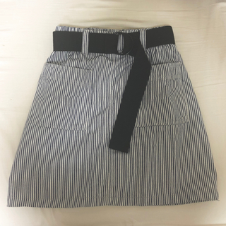 DOUBLE NAME - ベルト付き台形スカート