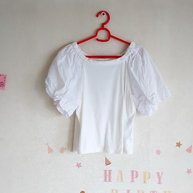 しまむら(シマムラ)のしまむら トップス カットソー M ボリューム袖 無地 レディースのトップス(カットソー(半袖/袖なし))の商品写真