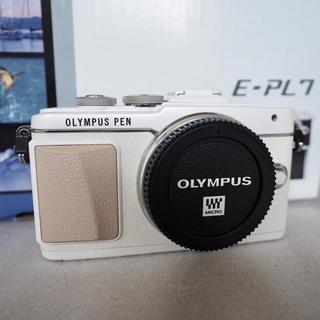 オリンパス(OLYMPUS)のlian様専用 美品 オリンパス PEN E-PL7 ボディー ホワイト おまけ(ミラーレス一眼)