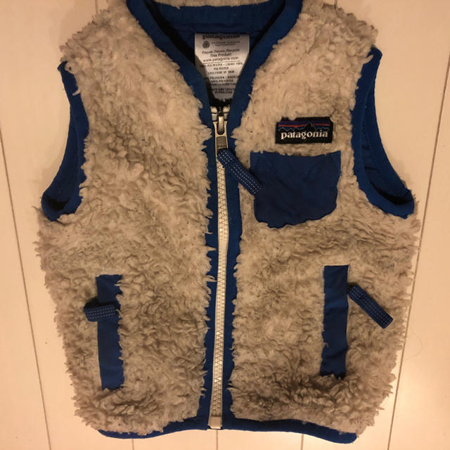 patagonia(パタゴニア)のパタゴニア ベスト キッズ/ベビー/マタニティのベビー服(~85cm)(ジャケット/コート)の商品写真