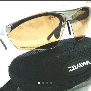 ダイワ(DAIWA)のmmponさま専用です。【きれいめ】ダイワ DAIWA 偏光サングラス ハネ上げ(サングラス/メガネ)
