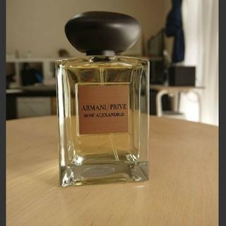 アルマーニ(Armani)のアルマーニ プリヴェ ローズ アレキサンダー(香水(女性用))