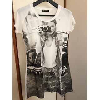 【未使用・美品】ホワイト 白 トップス  ロングTシャツ(Tシャツ(半袖/袖なし))