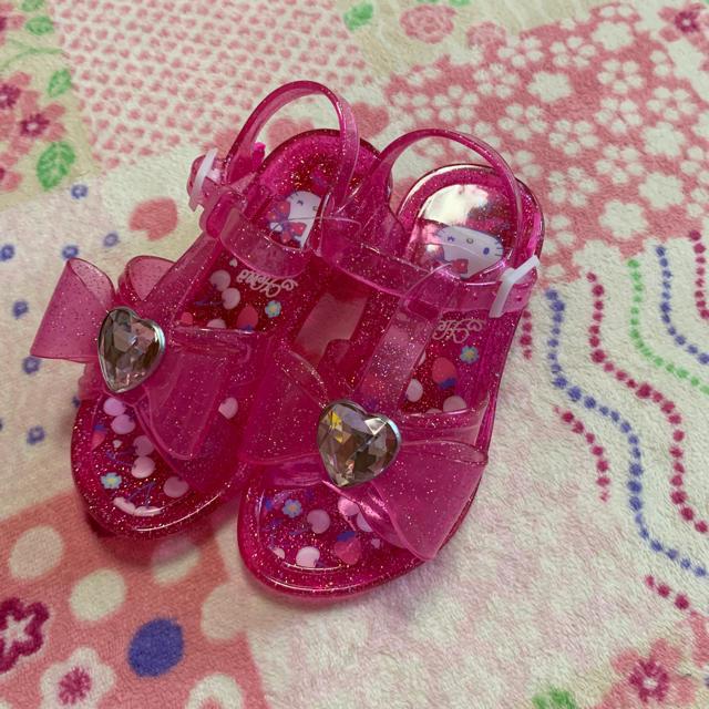 サンリオ(サンリオ)のキティサンダル16センチ キッズ/ベビー/マタニティのベビー靴/シューズ(~14cm)(サンダル)の商品写真