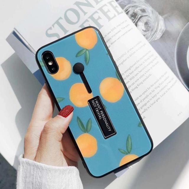 グッチ iphonexr ケース 三つ折 、 オレンジ柄 スタンド付き iPhoneケースの通販 by みるきー's shop|ラクマ