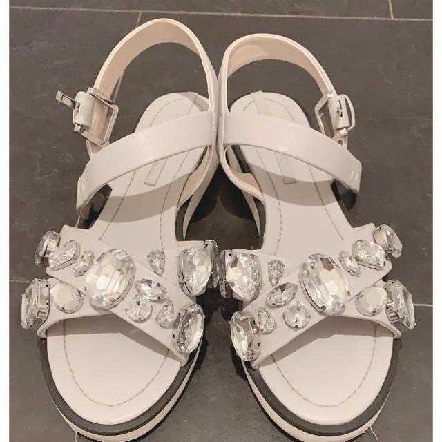ZARA(ザラ)のZARA ビジュー付きサンダル レディースの靴/シューズ(サンダル)の商品写真