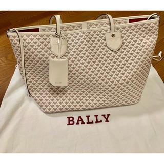 914e75c86313 バリー(Bally)の未使用に近い バリー ベルニナ トートバッグ ホワイト (トート
