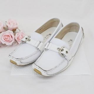 ダイアナ(DIANA)のDIANA❤楽チンドライビングシューズ【ホワイト】(ローファー/革靴)