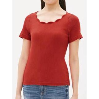 ジーユー(GU)のGU ◡̈❤︎ スカラップ リブトップス(Tシャツ(半袖/袖なし))