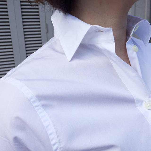 MADISONBLUE(マディソンブルー)のマディソンブルー01 最終価格 レディースのトップス(シャツ/ブラウス(長袖/七分))の商品写真