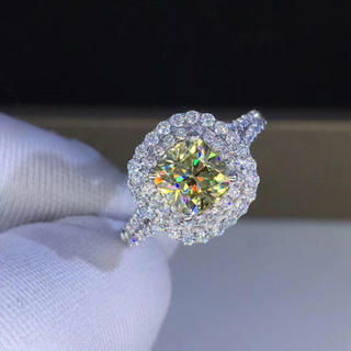 【1カラット  】イエロー モアサナイト ダイヤモンド リング(リング(指輪))