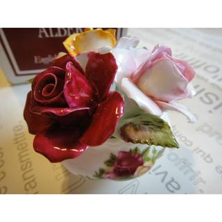 ロイヤルアルバート(ROYAL ALBERT)の【未使用】 Royal Albert ロイヤルアルバート 陶花 薔薇 イギリス製(置物)