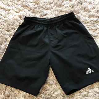 アディダス(adidas)のアディダス140 黒 短パン(パンツ/スパッツ)