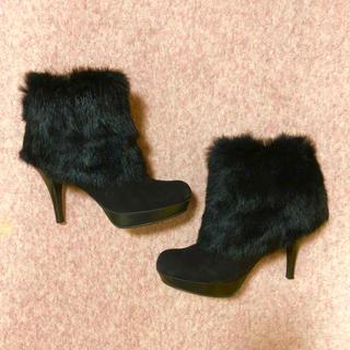 ダイアナ(DIANA)のDIANA ファー ショートブーツ 23.5 黒(ブーツ)