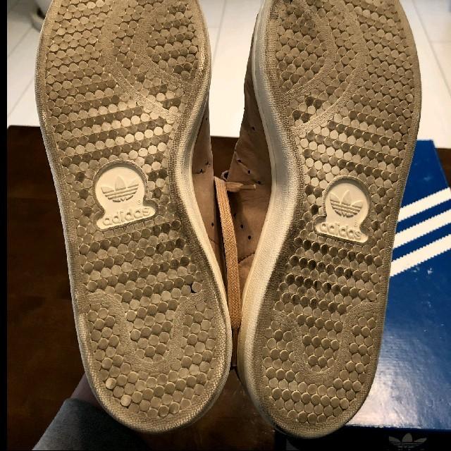 adidas(アディダス)のadidas Stan Smith ベージュヌバック レディースの靴/シューズ(スニーカー)の商品写真