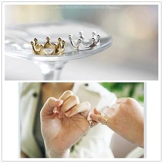 王冠モチーフ リング クラウン 指輪●ゴールド(リング(指輪))