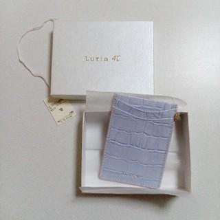 ヨンドシー(4℃)の【新品箱付】ルリア4℃ 定期入れ パスケース(名刺入れ/定期入れ)