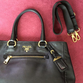 023a554902c8 プラダ(PRADA)の美品 プラダ2way ショルダートートハンドバッグレザーブラック黒 ミニ