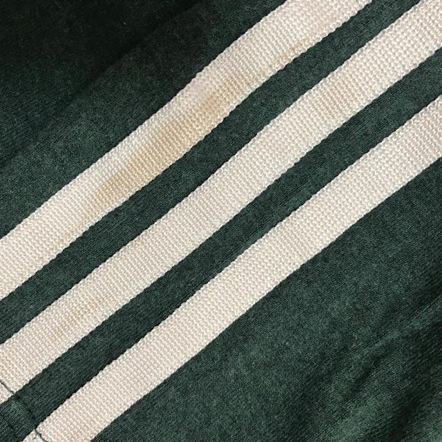 adidas(アディダス)のアディダスadidas☆トップスTシャツ長袖☆緑☆子供キッズメンズM メンズのトップス(Tシャツ/カットソー(七分/長袖))の商品写真
