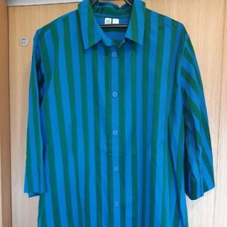 ユニクロ(UNIQLO)のユニクロU ストライプシャツ  美品 大きいサイズ  XXLサイズ(Tシャツ(半袖/袖なし))