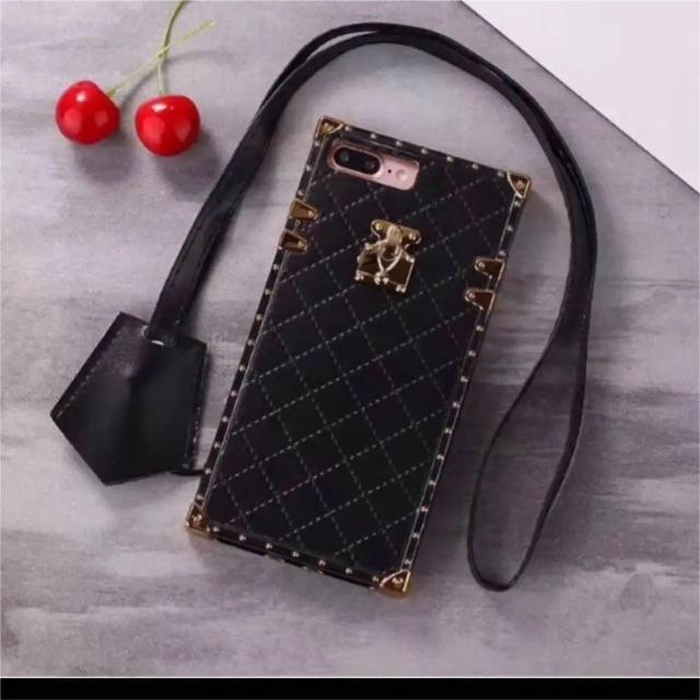 iPhone XRケース ストラップ付きの通販 by m's shop|ラクマ
