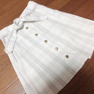 ワンアフターアナザーナイスクラップ(one after another NICE CLAUP)のナイスクラップ  ベルト付きチェック柄 前ボタン台形スカート(ミニスカート)