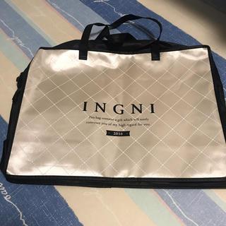 イング(INGNI)の美品!INGNI*福袋の袋のみ*大きいカバン*旅行バッグ(ショップ袋)