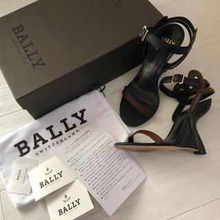 バリー(Bally)のBALLY バリー ウエッジソールアンクルストラップバイカラーサンダル35.5(サンダル)