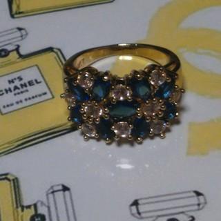 シャネル(CHANEL)の13号 ブルーキュービックダイアモンドゴールドリング(リング(指輪))