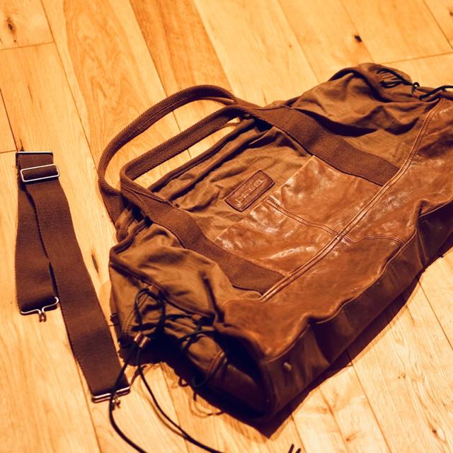 DIESEL(ディーゼル)のDIESEL/ディーゼル/ボストンバッグ/ブラウン/レザー/ヘリンボーン メンズのバッグ(ボストンバッグ)の商品写真