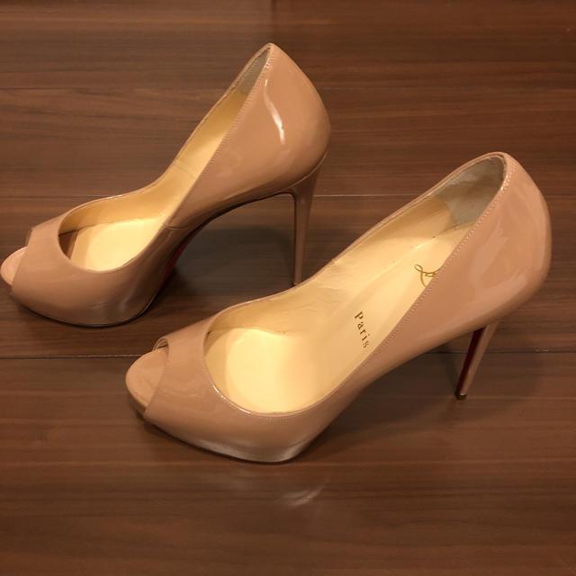 Christian Louboutin(クリスチャンルブタン)のクリスチャンルブタン パンプス レッドソール レディースの靴/シューズ(ハイヒール/パンプス)の商品写真