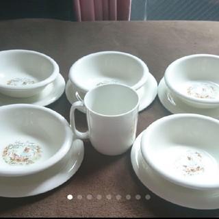 新品  皿 & スープ皿(サラダボール) 5枚づつとマグカップ(食器)