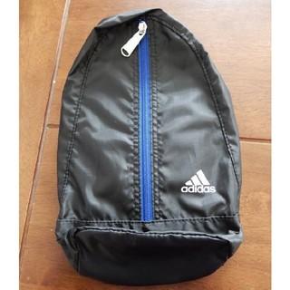 adidas - 新品未使用!adidas(アディダス)ブラックのワンショルダーバッグ/子供用