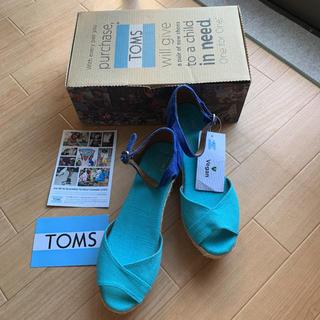 トムズ(TOMS)の新品 トムズ TOMS バイカラー 配色 ウェッジ サンダル 7.5 ヒール 麻(サンダル)